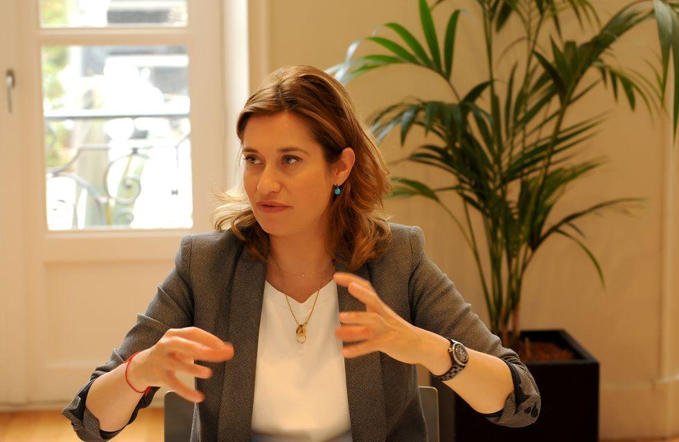Emmanuelle Devos :  Les femmes doivent apprendre à lâcher prise