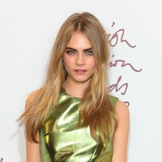 Cara Delevingne boyfriend: Model torn between Harry Styles and Aki Omoshaybi