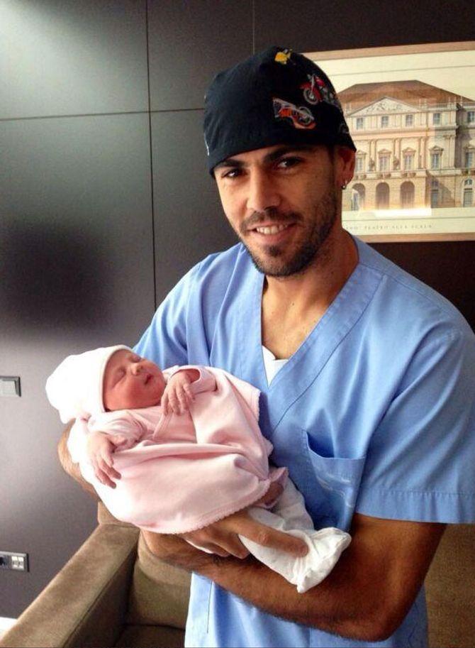 Victor Valdés es padre de familia numerosa