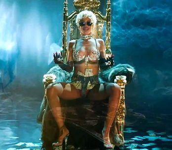 Rihanna : Un twerk déchaîné pour son nouveau clip Pour it up (Vidéo)