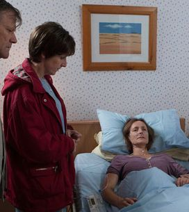 Coronation Street 18/10 - Hayley drops a bombshell on Roy