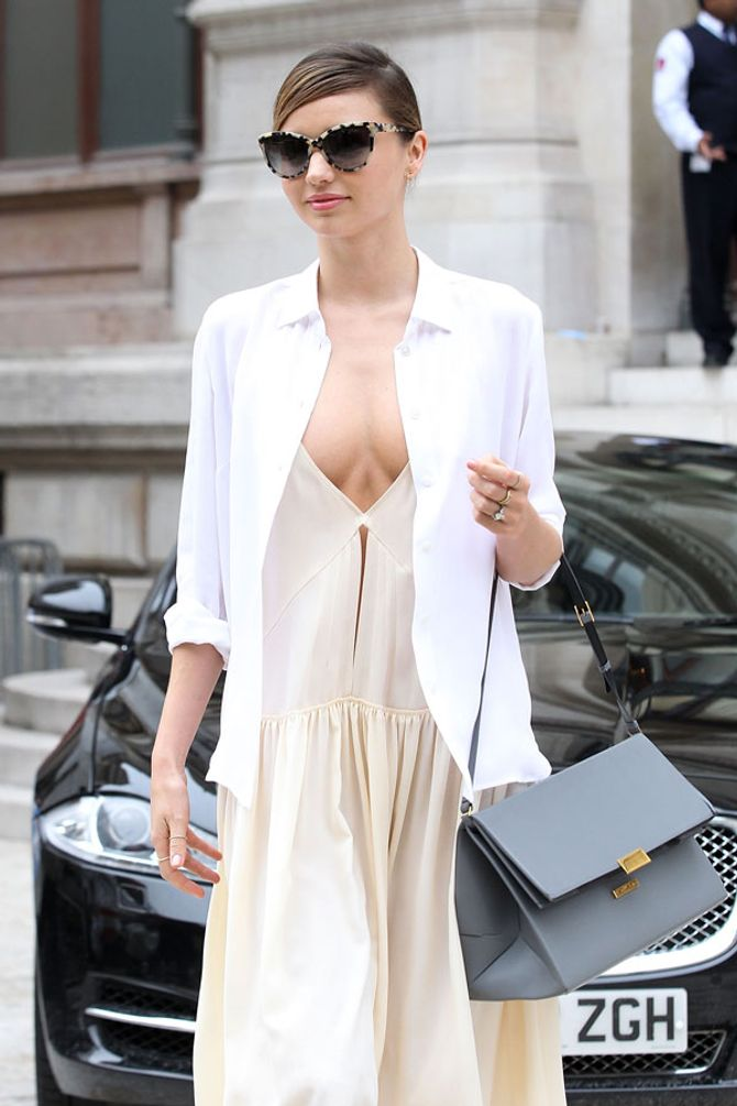The celebrities loving the bra-less cleavage trend