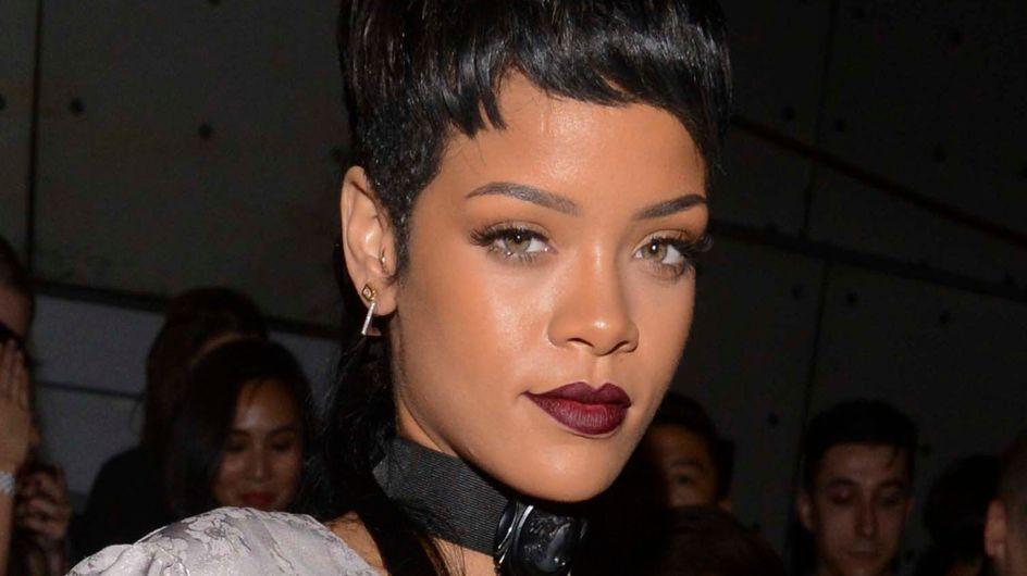 Rihanna : Un nouveau tatouage très douloureux (vidéo)