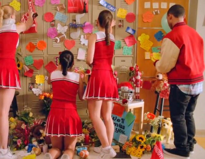 Glee épisode hommage Finn