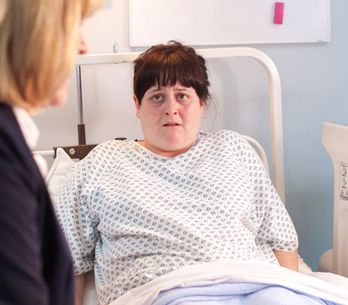 Hollyoaks 24/10 - Tegan is shocked to go into labour