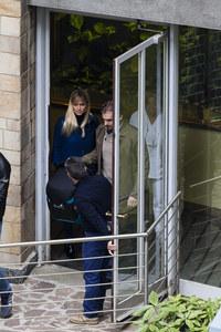 Michelle Hunziker esce dalla clinica