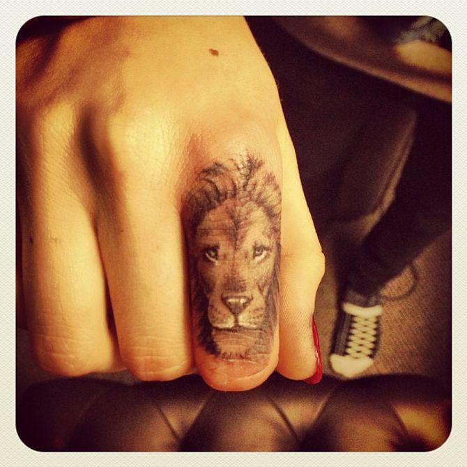 L'un des tatouages de Cara Delevingne