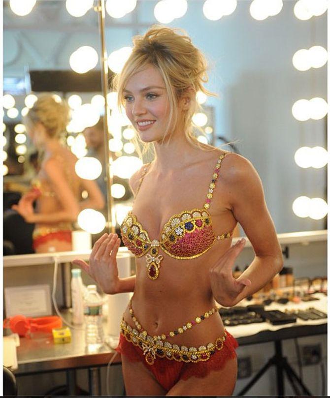 Candice Swanepoel im 'Fantasy Bra'