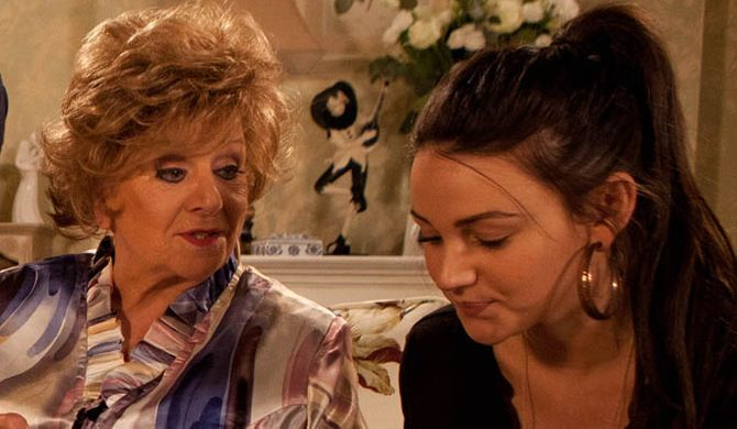 Rita talks to Tracey about her feud with Tina