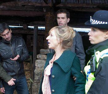 Emmerdale 29/10 – Laurel is arrested
