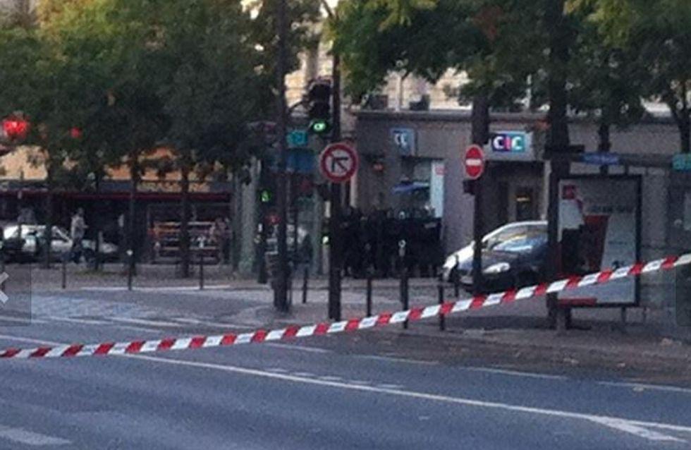 Prise d'otage dans une banque à Paris, deux personnes libérées