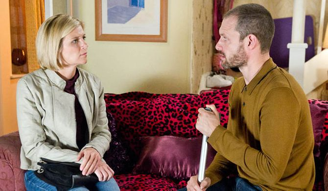 Nick wants Leanne back