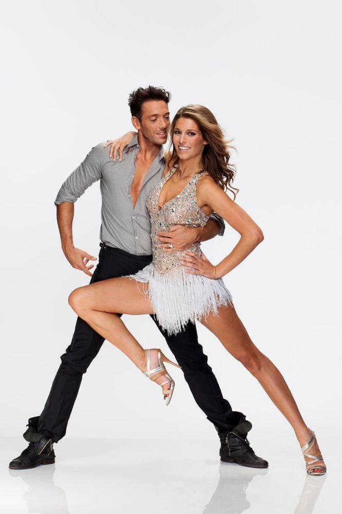 Laury Thilleman et Maxime Dereymez - Danse avec les stars