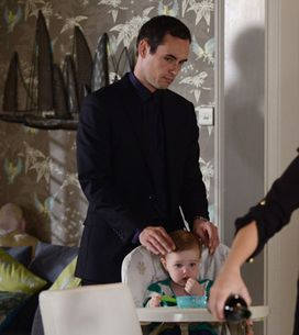 EastEnders 29/10 – Michael goes to Janine's house for dinner