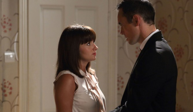 Michael talks Alice into going to Janine's
