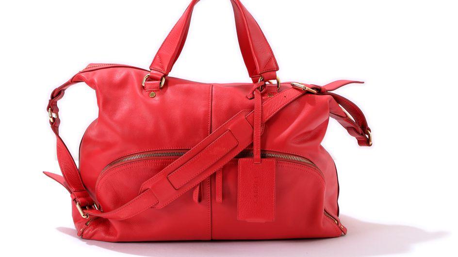 Sienna Miller présente un nouveau it bag signé Caroll