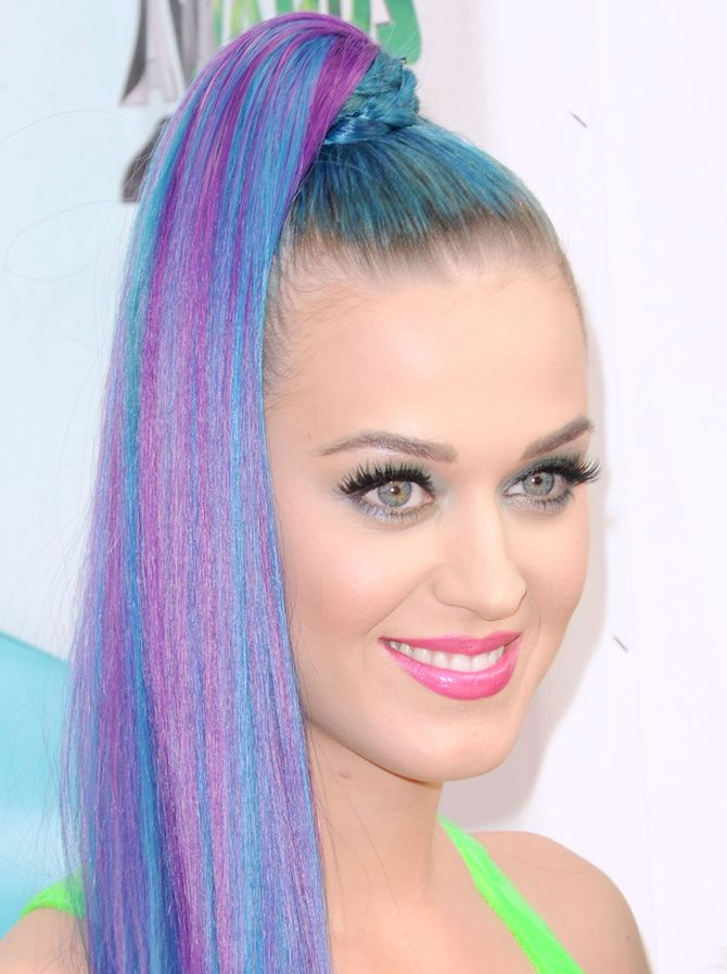 Katy Perry cheveux flashy