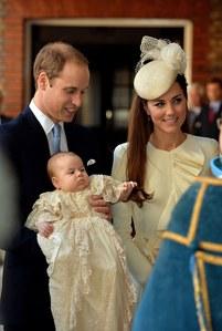 Los Duques de Cambridge pbautizan a su hijo