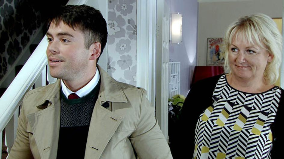 Coronation Street 04/11 – Eileen gets a surprise visitor