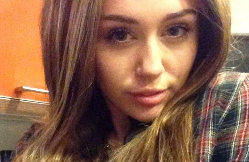 Miley Cyrus : Elle a retrouvé ses cheveux longs ! (Photo)