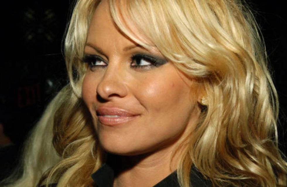 Wow! Pamela Anderson's pixie haircut! Star reveals transformative new look