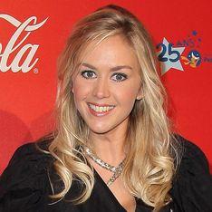 Enora Malagré : La blonde incendiaire se confie à aufeminin.com