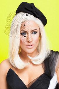 Caroline Flack swaps dip dye hair for platinum blonde