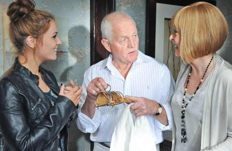 Emmerdale 12/11 – Kerry realises the truth