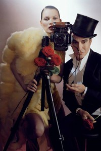 Kate Moss et John Galliano dans les pages du Vogue UK de décembre 2013