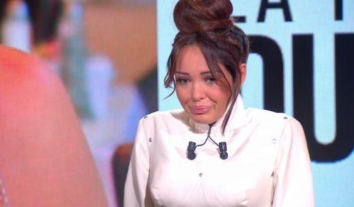 Nabilla : Elle fond en larmes sur le plateau du Tube de Canal