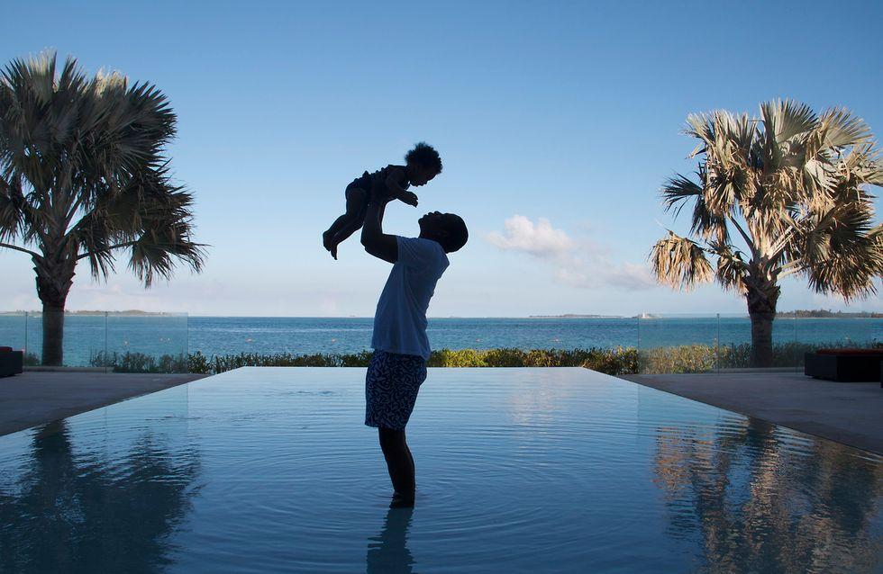 Beyoncé : Sa fille Blue Ivy, adorable dans les bras de Jay-Z (Photo)