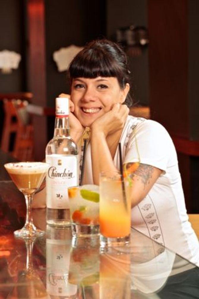 Dana Moreno, coctelera de Estado Puro