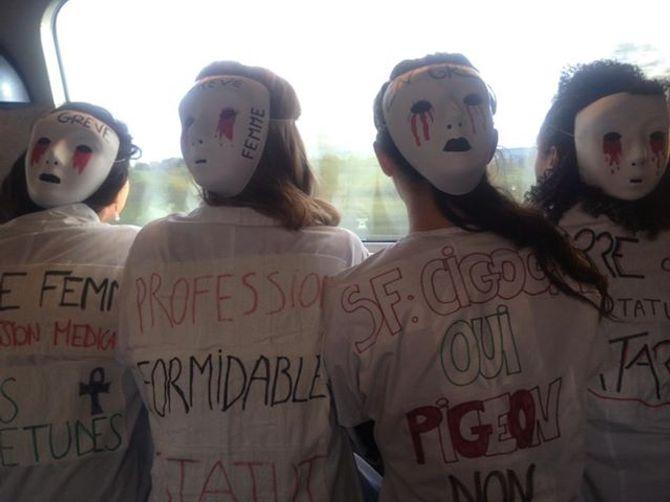 Sages-femmes en grève