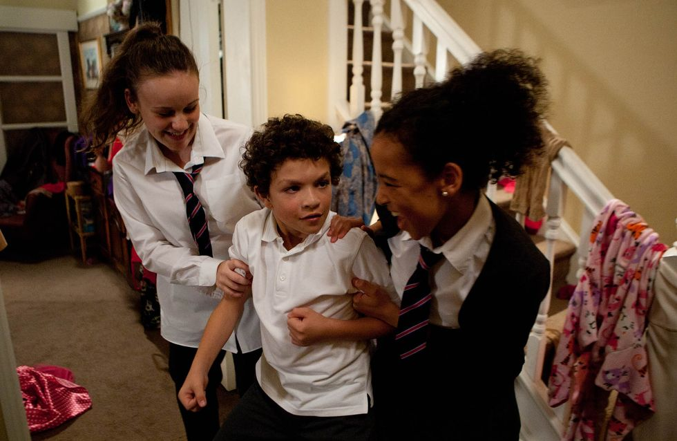 Coronation Street 22/11 – Simon is bullied by Faye and Grace