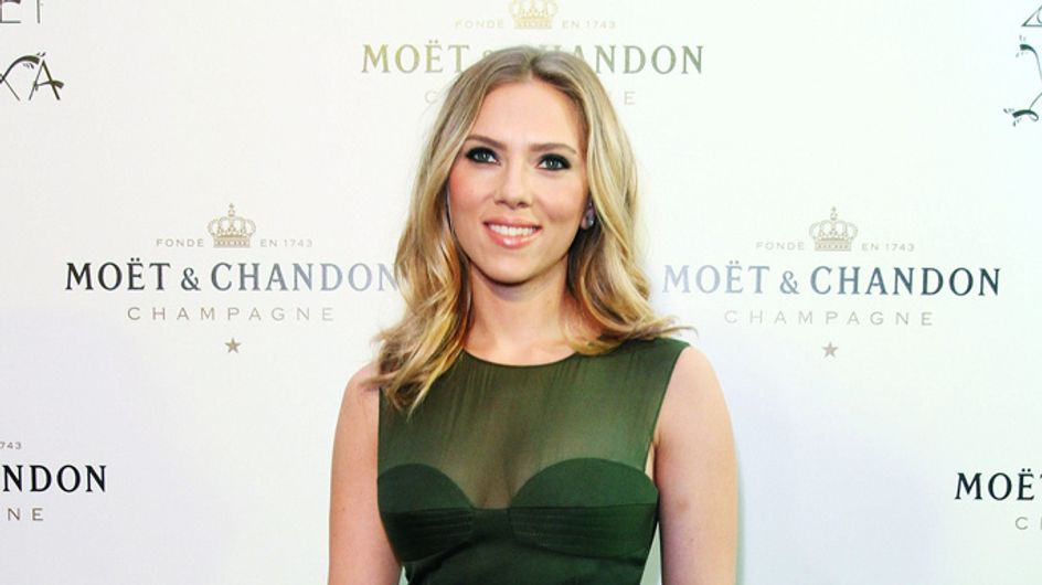 """Scarlett Johansson tackles hot topic: """"Porn is productive to women"""""""