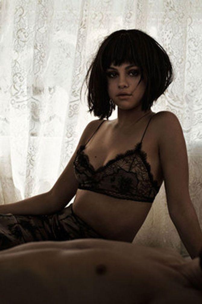 Selena Gomez gets a blunt black bob for Flaunt magazine