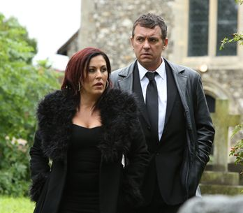 EastEnders 19/11 – Alfie and Kat attend Michael's funeral