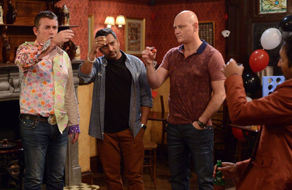 EastEnders 22/11 – Alfie and Roxy have their hen and stag parties