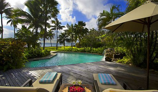 Private pool Fiji
