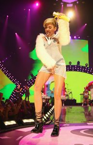 Miley Cyrus, reine de la provocation