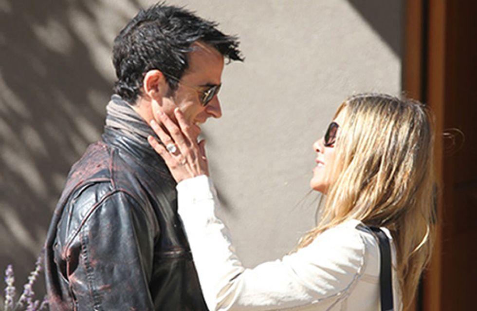 Jennifer Aniston : Son fiancé prend ses distances
