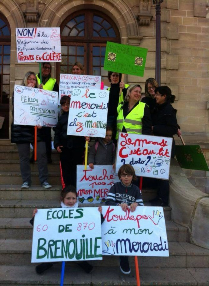 Mobilisation contre la réforme des rythmes scolaires