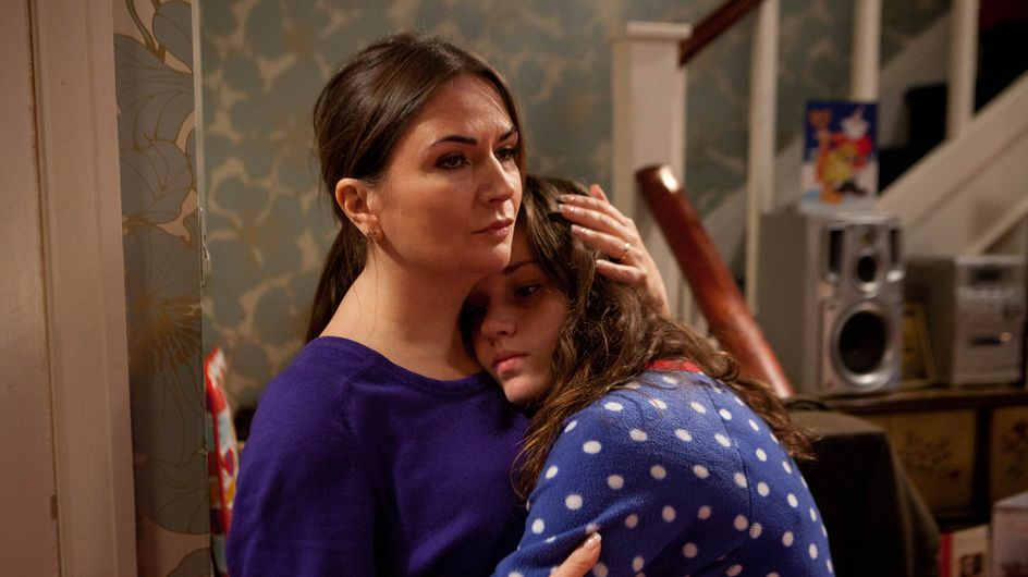 Coronation Street 25/11 – Faye's bullying video goes viral