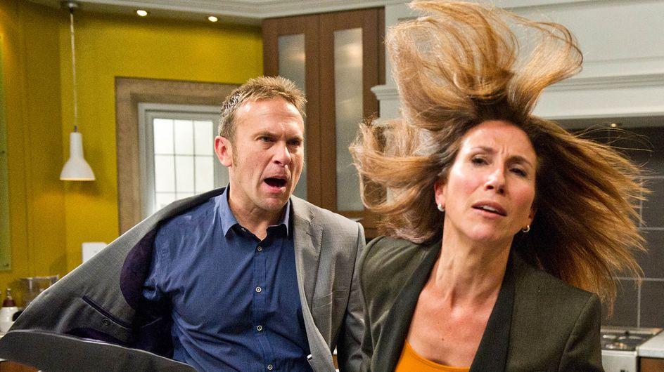Emmerdale 25/11 – Declan gets violent in his fury