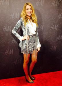 Blake Lively, superbe pour la soirée Isabel Marant x H&M