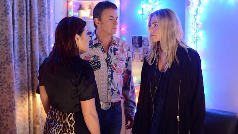 EastEnders 03/12 – Ronnie drops a bombshell on Kat and Alfie