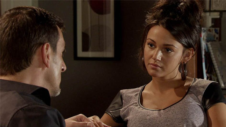 Coronation Street 03/12 – Peter and Tina battle their mutual attraction