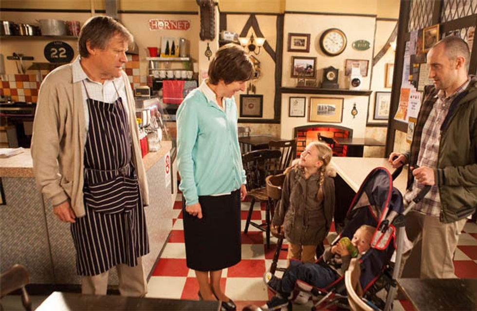 Coronation Street 06/12 – Hayley's son takes advantage of her