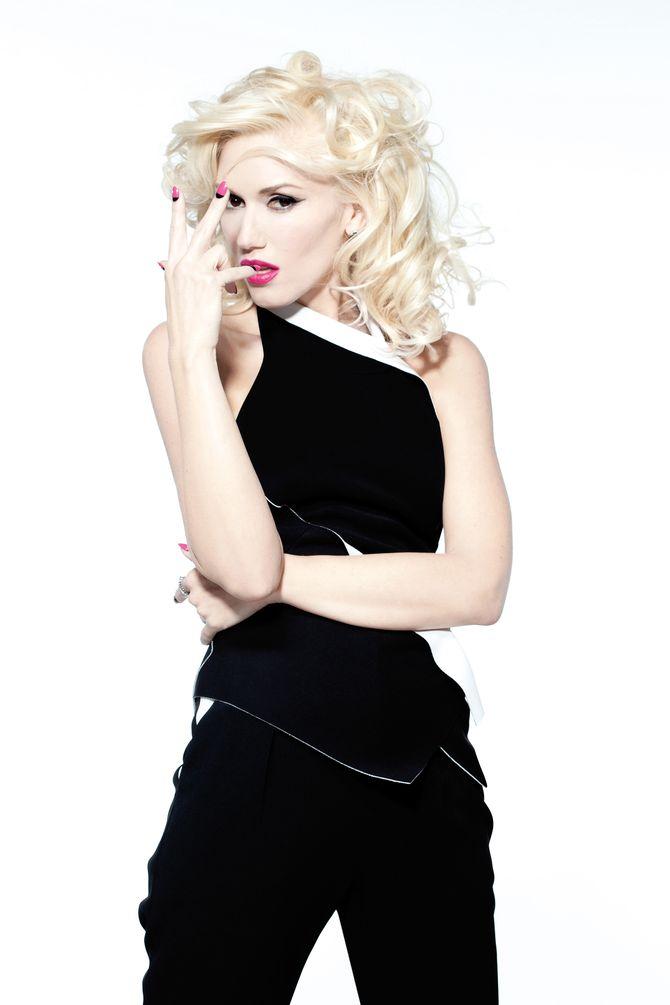 Gwen Stefani très sexy pour O.P.I