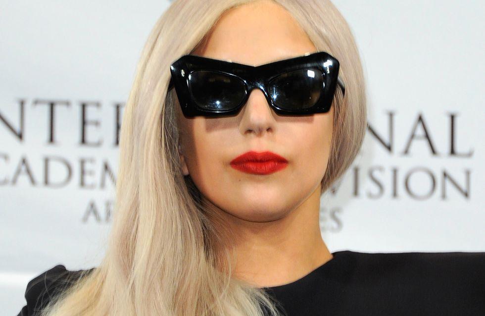Lady Gaga : Nouvelle égérie Versace (Photo)